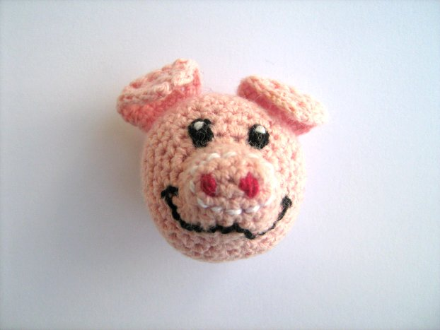 Pig for fridge magnet